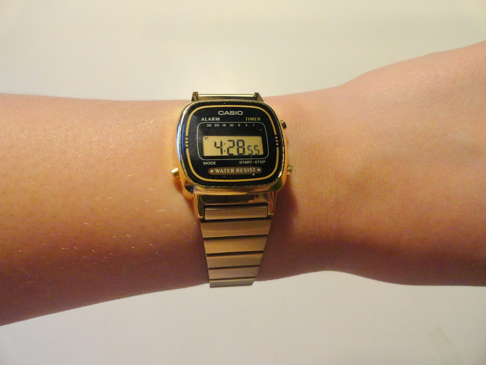 Clothes & Dreams: Shoplog: Tangle Teezer, Casio and Barry M: Casio watch