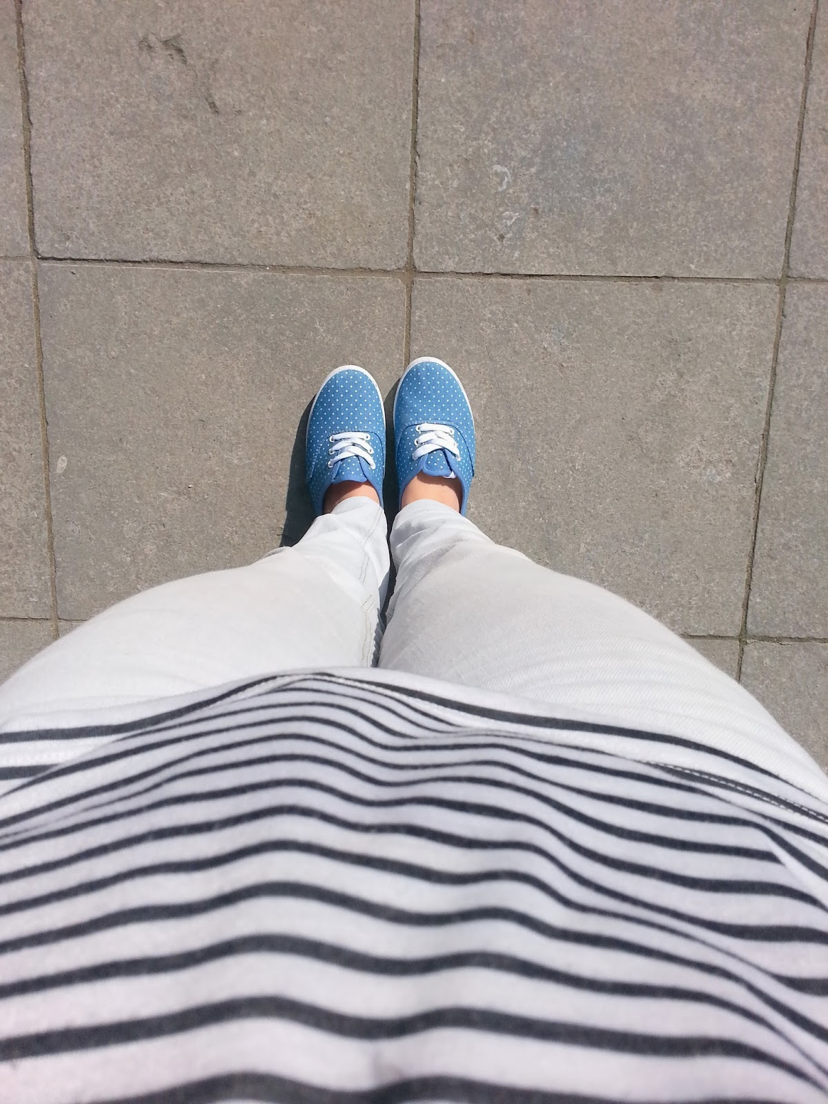 Clothes & Dreams: OOTD: The return of the sun + my haircut: From where I stand