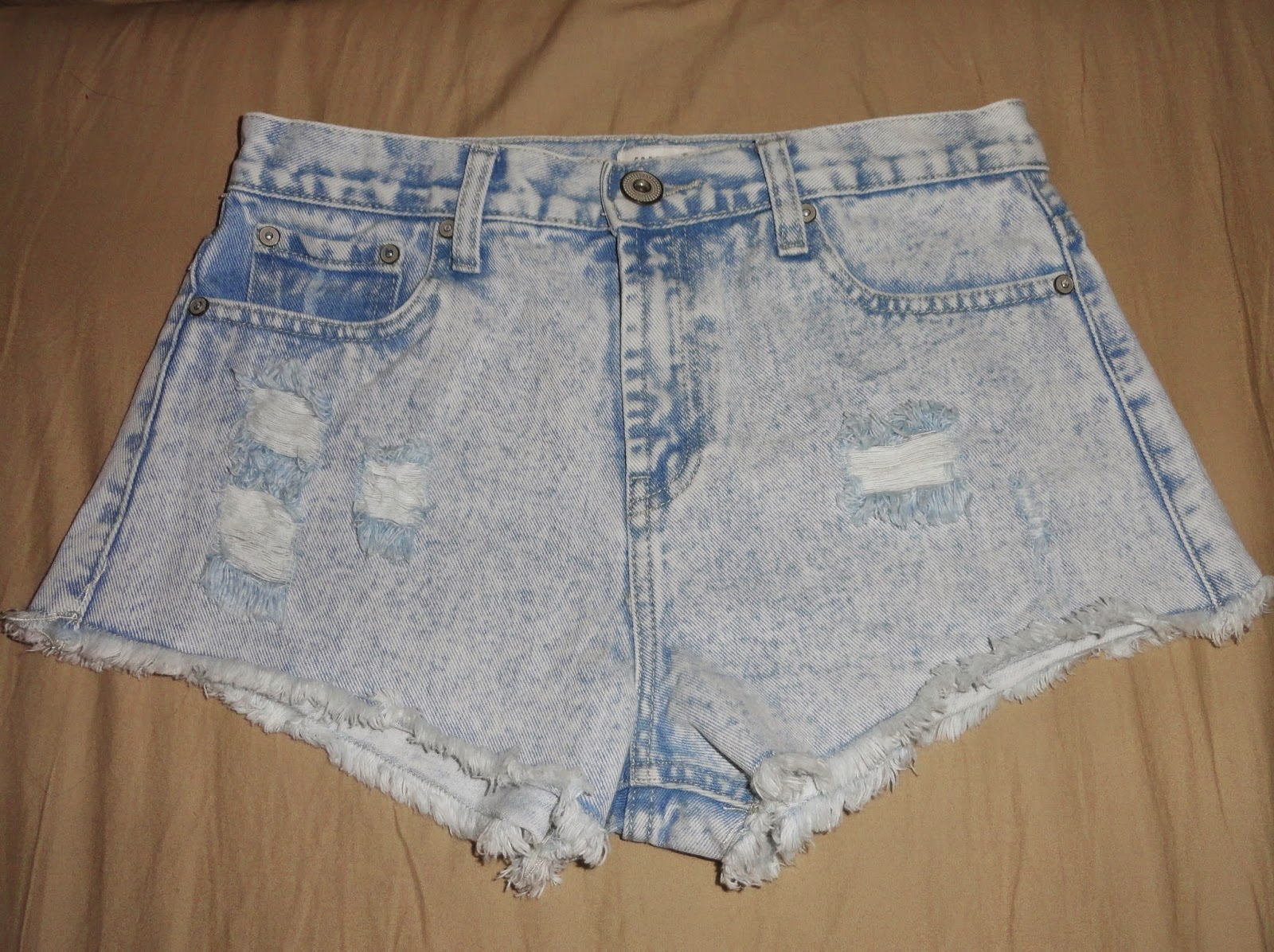 Clothes & Dreams: Shoplog: Antwerp time!: high-waisted shorts Forever21
