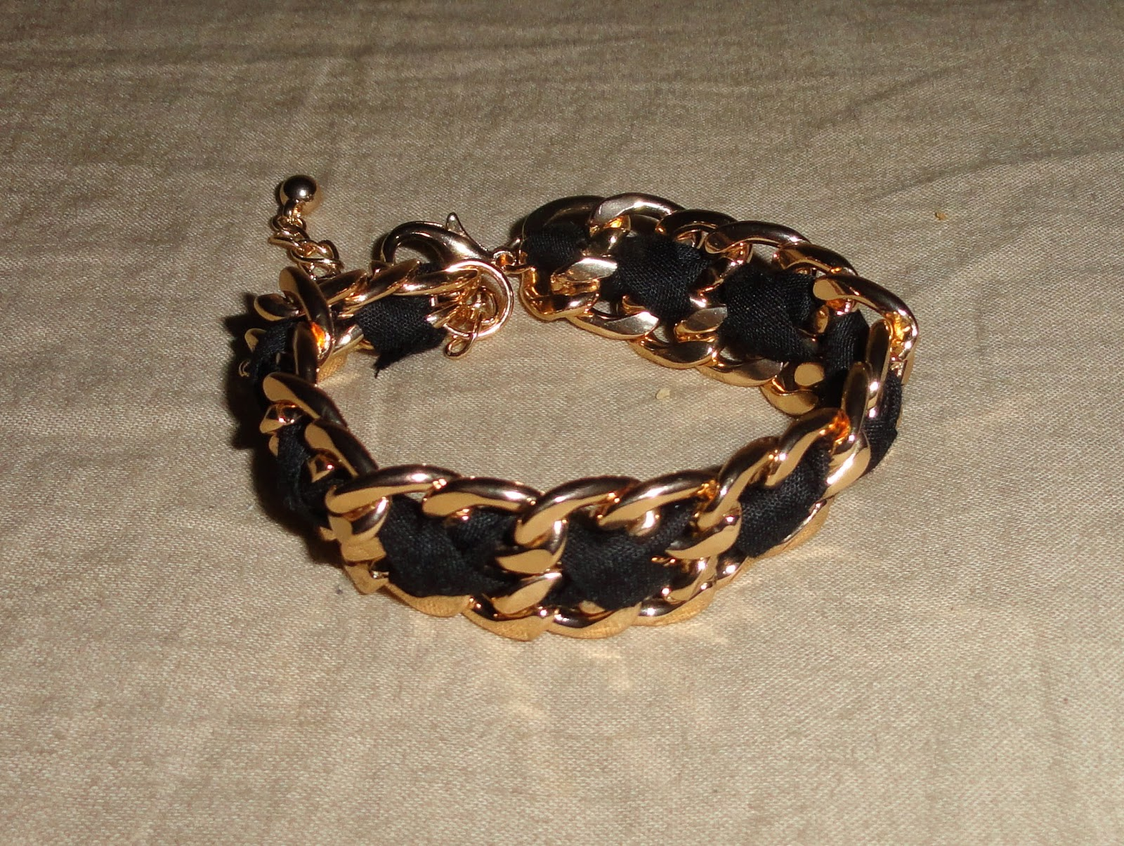 Clothes & Dreams: Shoplog: Antwerp time!: Golden chain bracelet Forever21