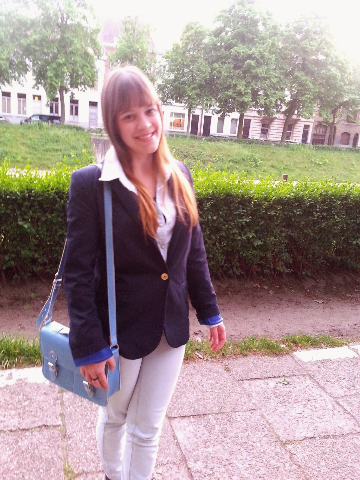 Clothes & Dreams: OOTD: That blazer, again: outfit of the day with primark blue satchel bag