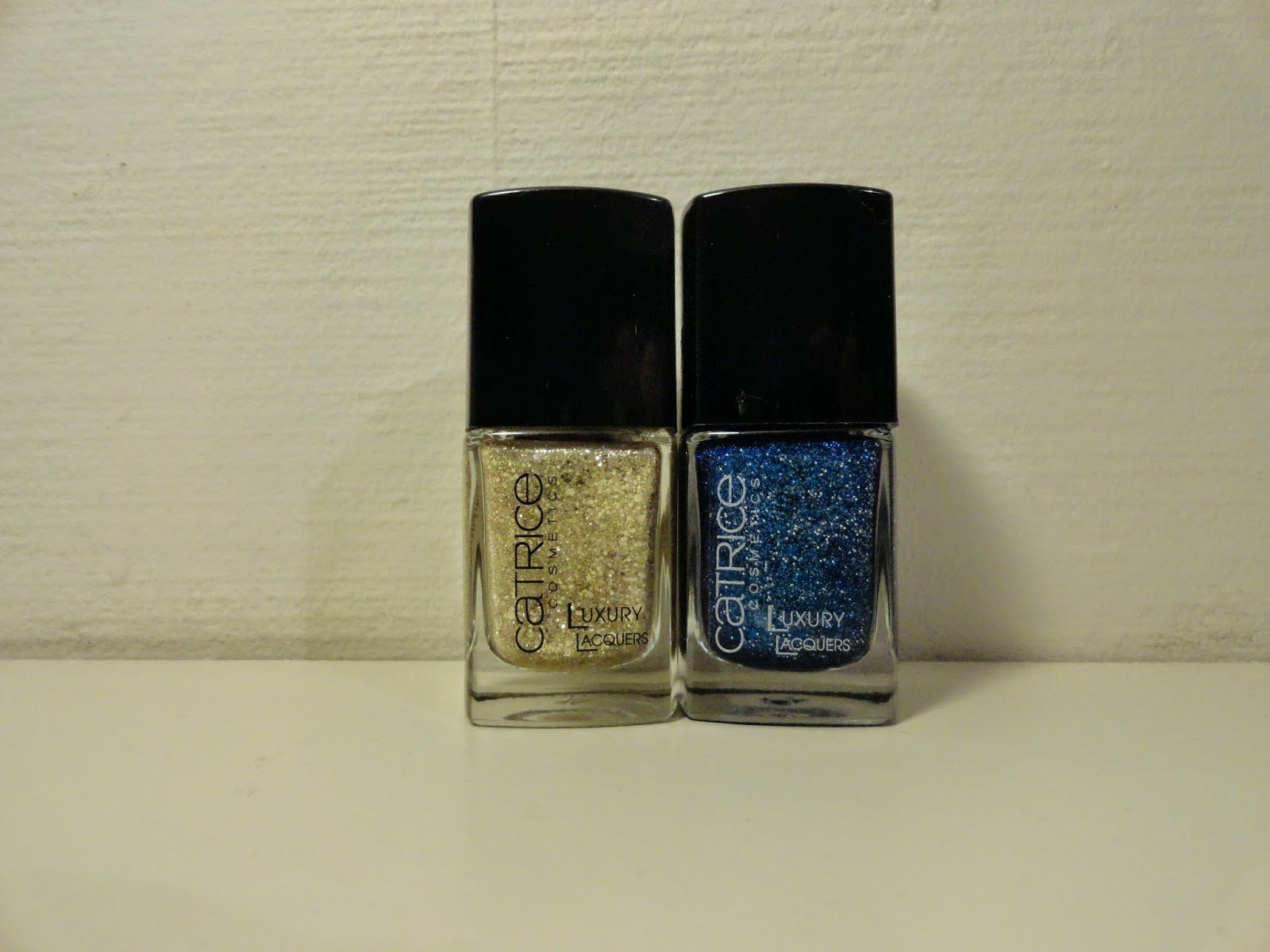 Clothes & Dreams: Shoplog: Forever21, Kruidvat and New Look: Catrice Luxury Lacquers 07 Stars & Stories and 02 Blue Skyfall