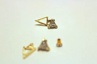 Clothes & Dreams: Double triangles Primark earrings
