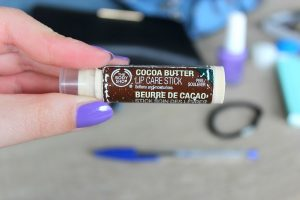 Clothes & Dreams: What's in my bag?: The Body Shop Cocoa butter lip care stick